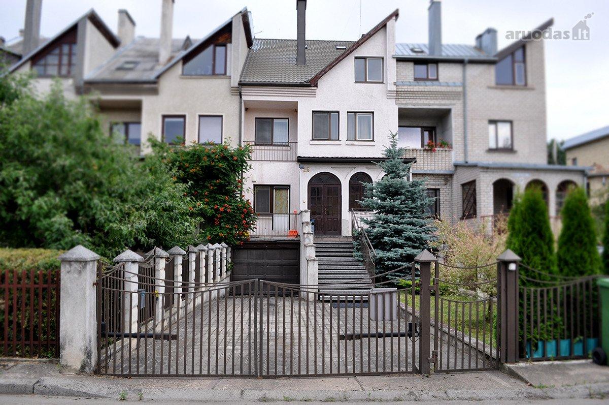 Kaunas, Romainiai, Žalčio Karūnos al., mūrinis sublokuotas namas