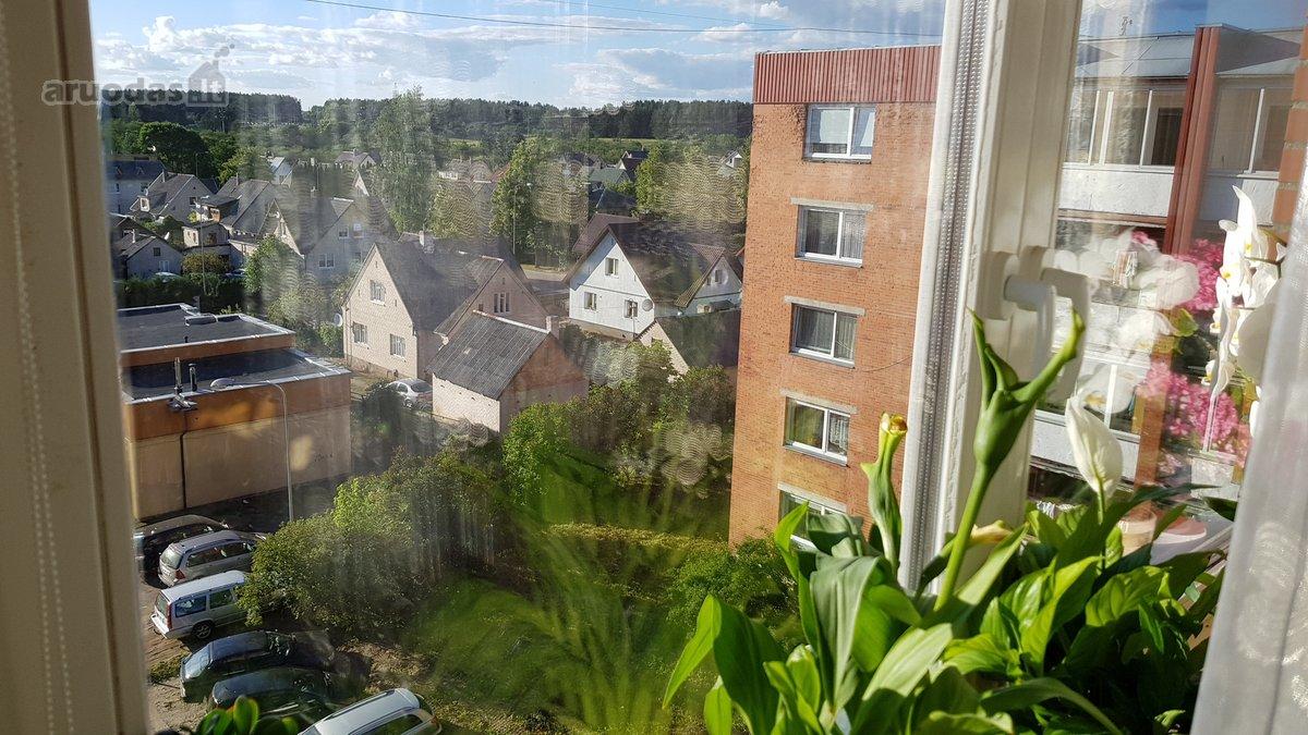 Vilniaus r. sav., Nemenčinės m., Šv. Mykolo g., 2 kambarių butas