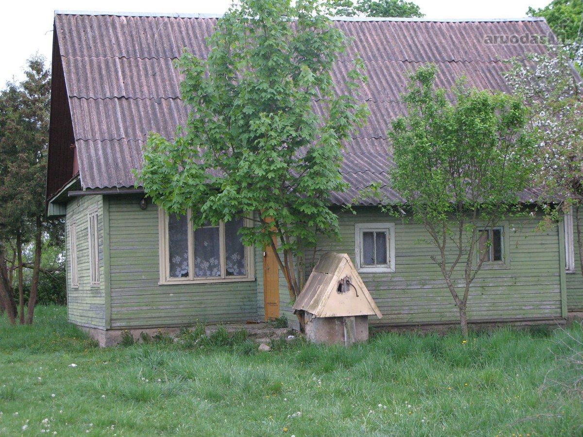 Varėnos r. sav., Dubičių k., rąstinis namas