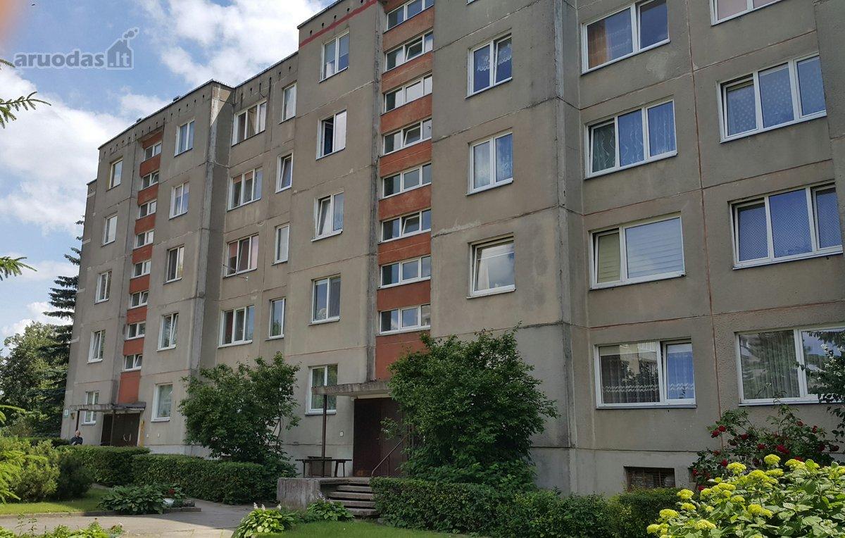 Radviliškio m., V. Kudirkos g., 3 kambarių butas