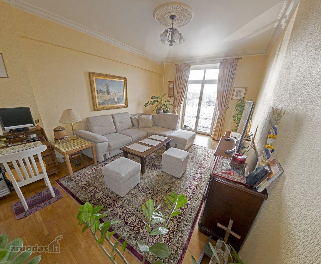 Vilnius, Senamiestis, Gedimino pr., 3 kambarių butas