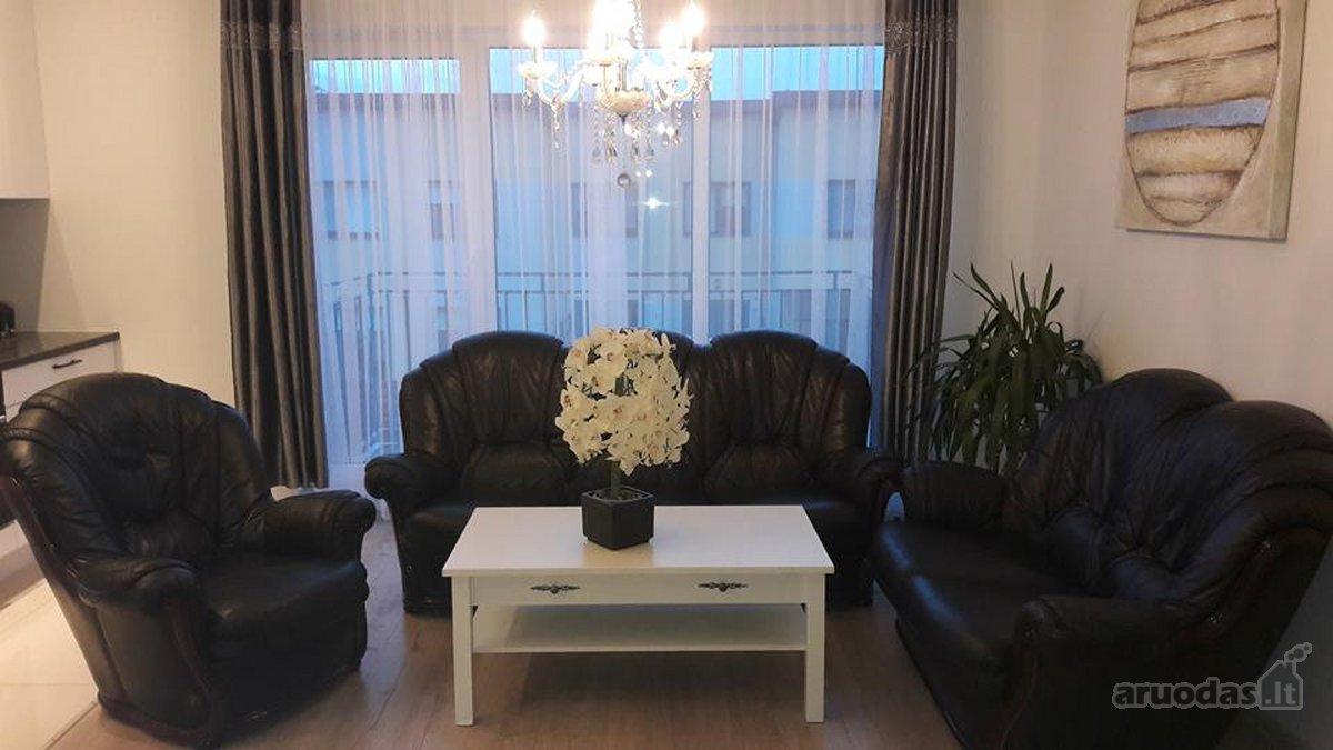Kauno r. sav., Giraitės k., Girios g., 3 kambarių butas