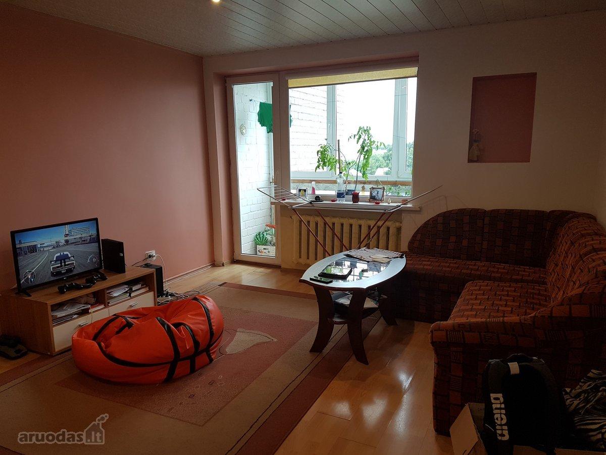 Kretingos m., Laisvės g., 2 kambarių butas