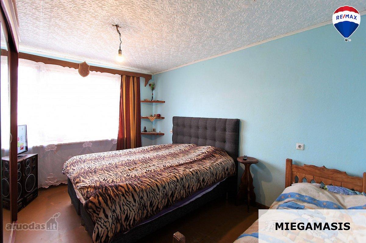 Radviliškio m., Dariaus ir Girėno g., 3 kambarių butas