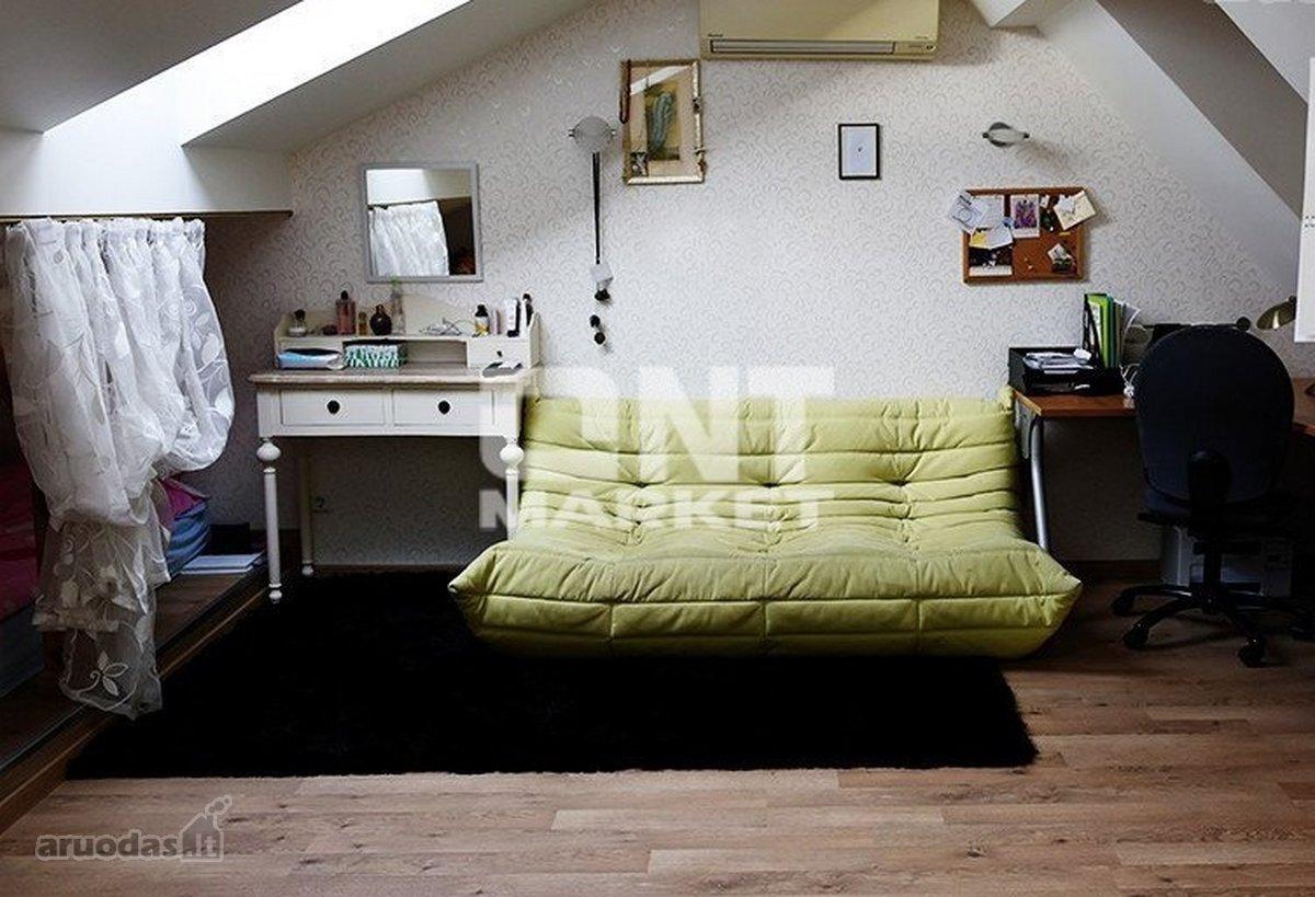 Klaipėda, Centras, J. Karoso g., 4 kambarių butas