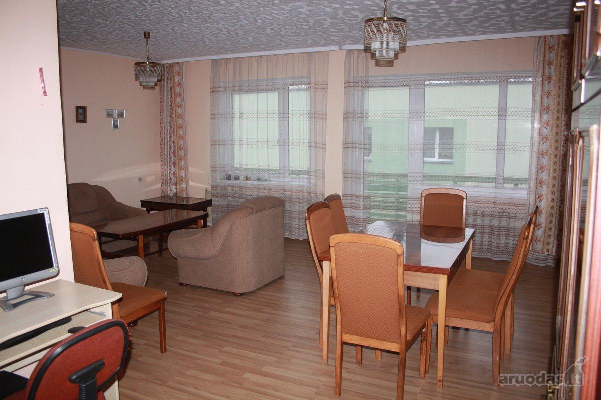 Joniškio m., Medžiotojų g., 4 kambarių butas