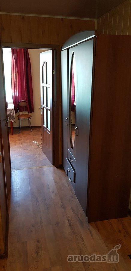 Raseinių r. sav., Gėluvos k., Dvaro g., 3 kambarių butas