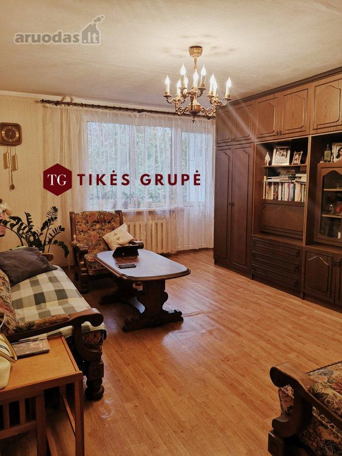 Parduodamas perplanuotas 4-ių kambarių butas