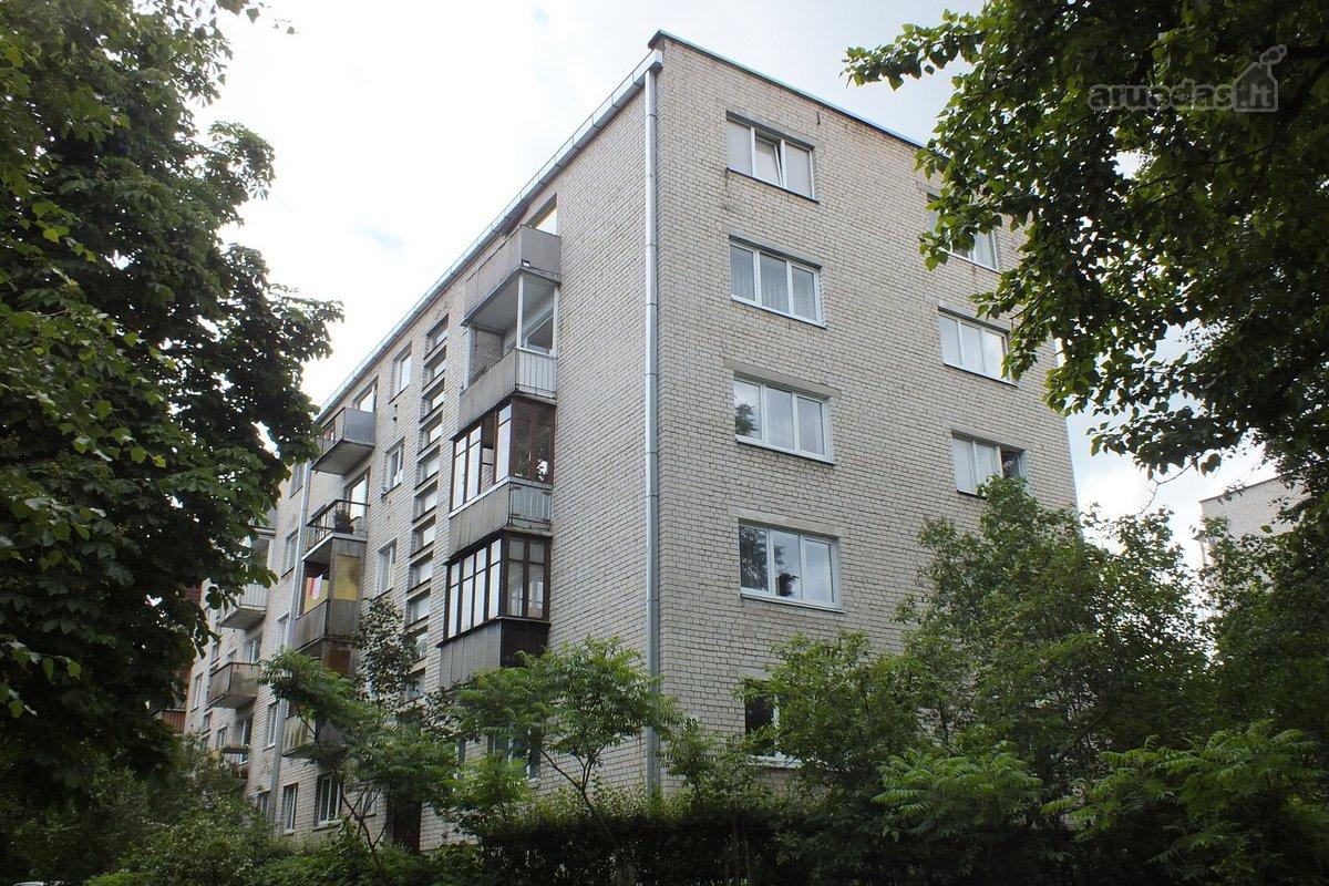 Išnuomojamas tvarkingas 3 kambarių butas - Skelbiu.lt