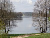 Šalia visų žinomo ir pamėgto Margio ežero ,