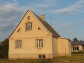 Parduodamas namas su ūkiniu pastatu Babtuose