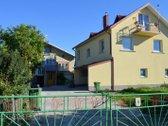 Parduodamas renovuotas namas Kaune J.