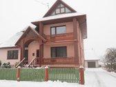 3 aukštų (su rūsiu) gyvenamasis namas