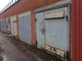 Nuomojami sausi mūriniai garažai be duobės su