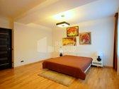 Išnuomojamas išskirtinis 3 kambarių 110 kv.m. butas Naujamiestyje, S. Konarskio g. Patogiai profesionalų suplanuotas butas yra antrame ...