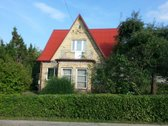 Parduodamas namas, esantis šalia pagrindinės