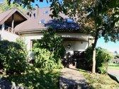 Parduodamas gyvenamasis namas su parku,
