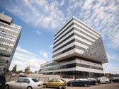 Išnuomojamos šviesios ir jaukios administracinės paskirties patalpos itin moderniame verslo centre Pašilaičiuose, Ukmergės g.   Aukštas ...