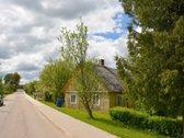Lazdijų rajone, Šventežerio kaime, parduodama
