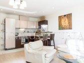 Išnuomojamas puikus 2 kambarių butas Šiaurės miestelyje S.Žukausko g. 1/ Ulonų g. 1.  Aukštas 4 iš 8  62,2 m² ploto su įstiklintu ...