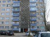 Parduodamas 63.82 kv. m. trijų kambarių butas