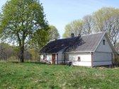 Parduodama sodyba Trakų r., 40 km nuo