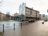 Kauno centre parduodamas 2 kambarių butas.