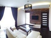 Labai gražiai įrengtas erdvus dviejų kambarių