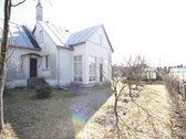 Parduodamas namas Balsiuose, Brastos g. 5  Bendra informacija: Žemės sklypas 7 arai.  Galimybė papildomai nusipirkti greta esantį ...