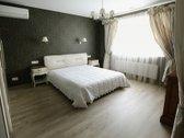 Savininkas parduoda 1 aukšto 228 kv.m. namą.