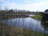 Parduodamas 60 arų ploto žemės sklypas, sodybai statyti, puikioje vietoje ant ežero kranto. Puiku, vaizdinga vieta, atokiau  nuo asfaltuoto ...