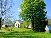 Namų valda 36 a ir aplinkui 280 a žemės ūkio