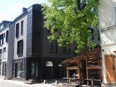 Nuomojamos  prekybinės, paslaugų patalpos prestižinėje Senamiesčio dalyje-Valančiaus ir Pilies gatvių sankirtoje.   Patalpos su atskiru ...