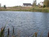Sklypas Su Tvenkinio Pakrantė 15 arų namų