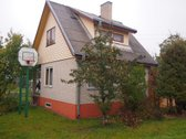 Parduodamas 2005 m. rekonstruotas dviejų
