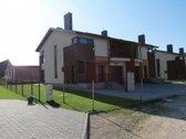 Parduodamas namas (sublokuotas dvibutis), kurio  1 kvadratinio metro kaina TIK 400EUR!!!  Greta Raudondvario miestelio. Privažiavimas ...