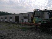 3 gamybiniai pastatai su medžio apdirbimui