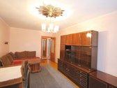 Išnuomojamas šiltas, šviesus dviejų izoliuotų kambario butas Naujamiestyje, Gerosios Vilties gatvėje.  Rami ir graži vieta gyventi ...