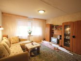Išnuomojamas tvarkingas, šviesus, šiltas 2 izoliuotų kambarių butas Viršuliškėse, Justiniškių gatvėje.  Butas šiltas, šviesus. Ramūs, ...