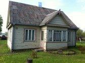 Parduodamas geros būklės namas su dviem