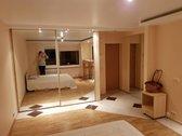 Parduodamas suremontuotas 1 kambario butas