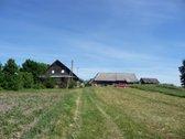 Parduodama sodyba Adomiškės kaime 2 ha. žemės