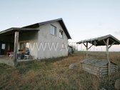 Parduodamas namas Vydmantų gyvenvietėje, Kretingos rajone, su garažu ir 90 arų žemės sklypu, 6 km atstumu iki Palangos miesto. Patogus ...