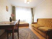 Nuomojamas kambarys trijų kambarių bute