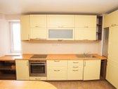 Parduodamas puikiai įrengtas butas su baldais.