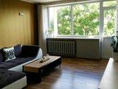 Išnuomojamas idealiai įrengtas 2 kambarių butas Savanorių prospekte, Žaliakalnio mikrorajone. Buto langai į pietryčius ir šiaurės...
