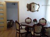 Puikiai įrengti apartamentai Literatų g. Senamiesčio širdyje, ypatingai geroje vietoje, naujai įrengti, po remonto. Labai jaukūs.S...