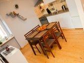 Parduodamas tvarkingas, erdvus, gero išplanavimo butas ramioje vietoje!  Šeimyniška aplinka, aktyvi namo bendrija, kaimynai vien...