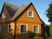 Telšių mieste parduodamas gyvenamasis namas