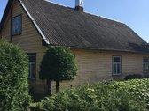 Parduodamas rąstinis namas Medeikių k.,biržų raj.